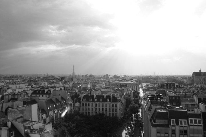 Paris-rooftop-city-view