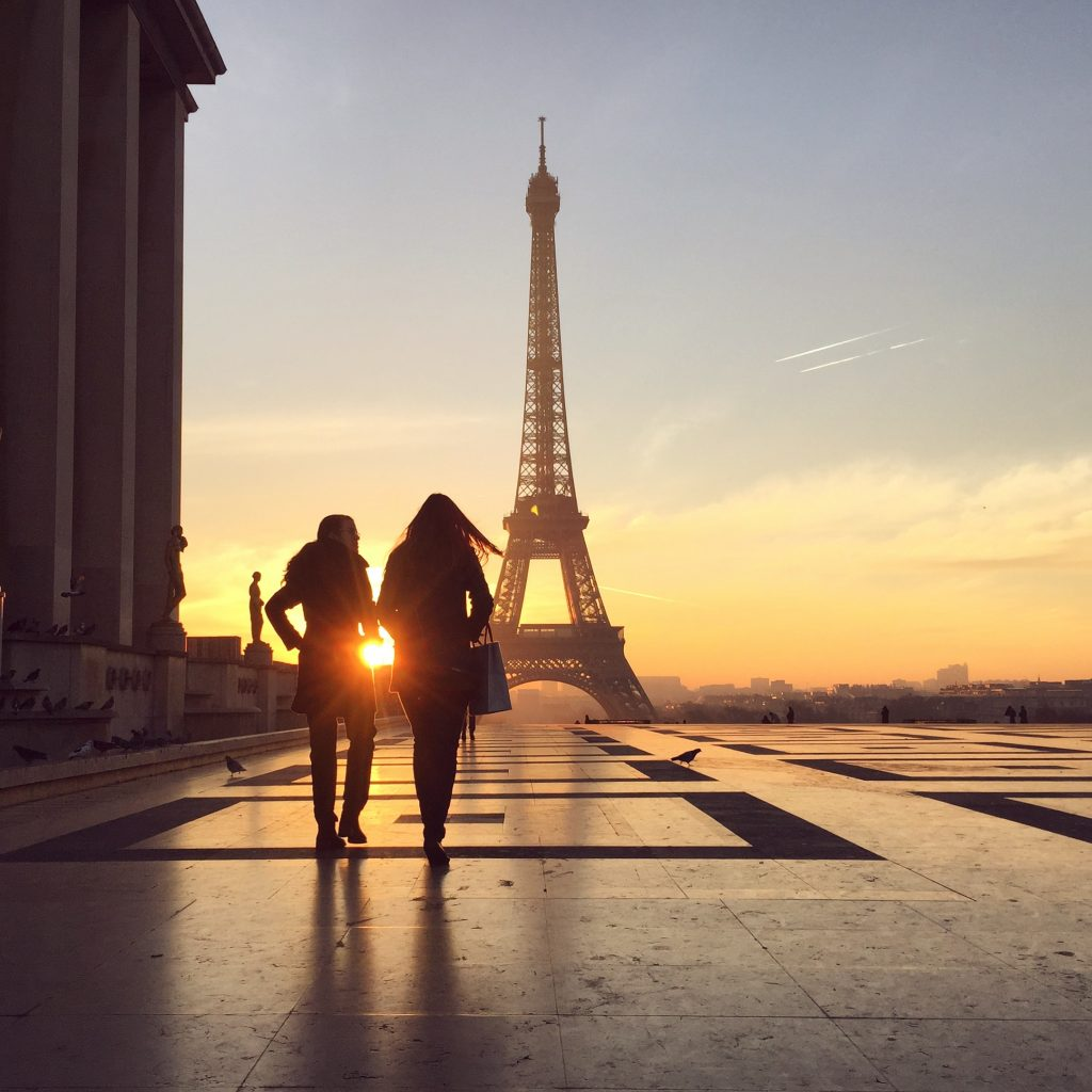 Trocadero-Eiffel-Tower-Sunrise
