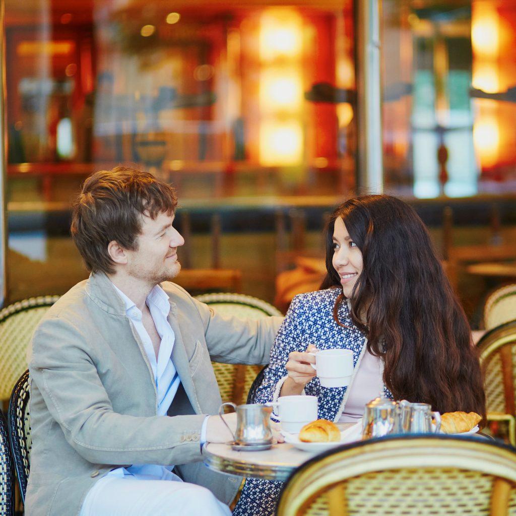 Couple-in-Paris-Cafe-Romantic-Celine-Concierge