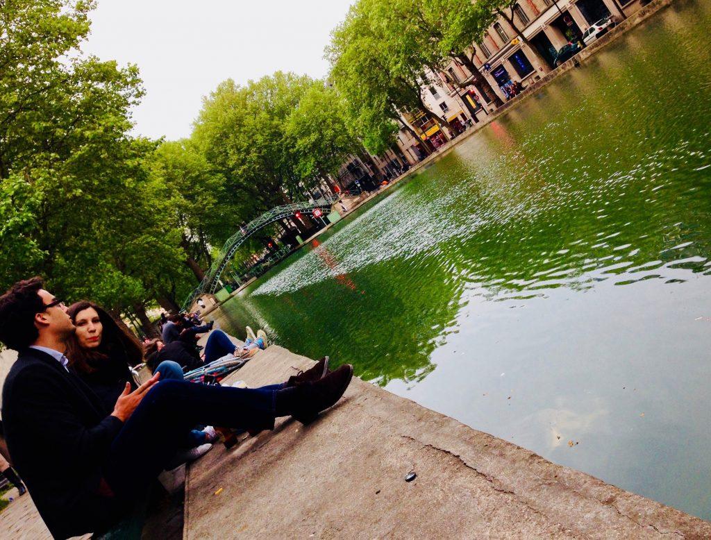 Picnic-on-the-Canal-Saint-Martin-Paris