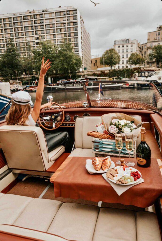 Private-picnic-in-Paris