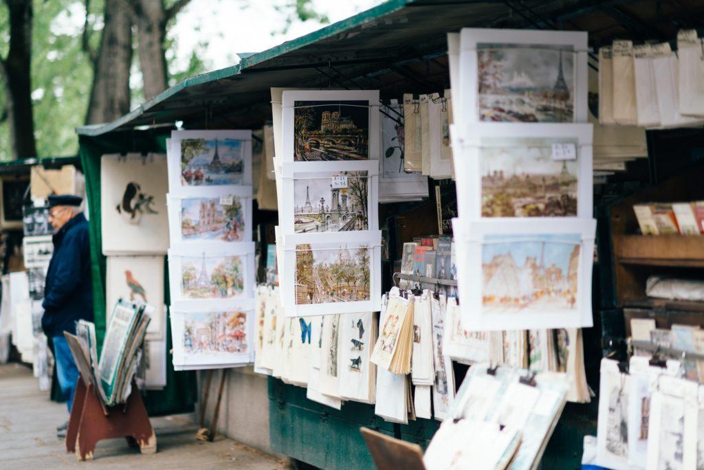 bouquiniste-in-Paris