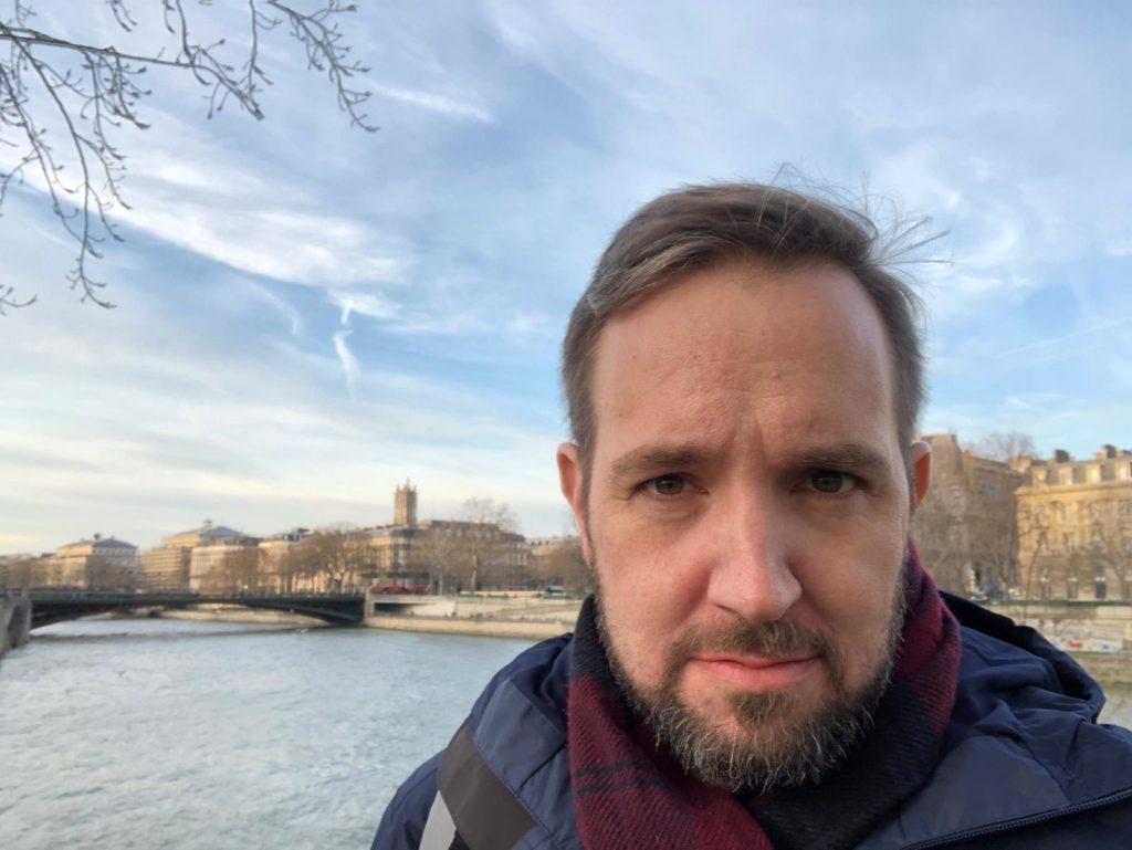 Eric-Davis-in-Paris-Expats