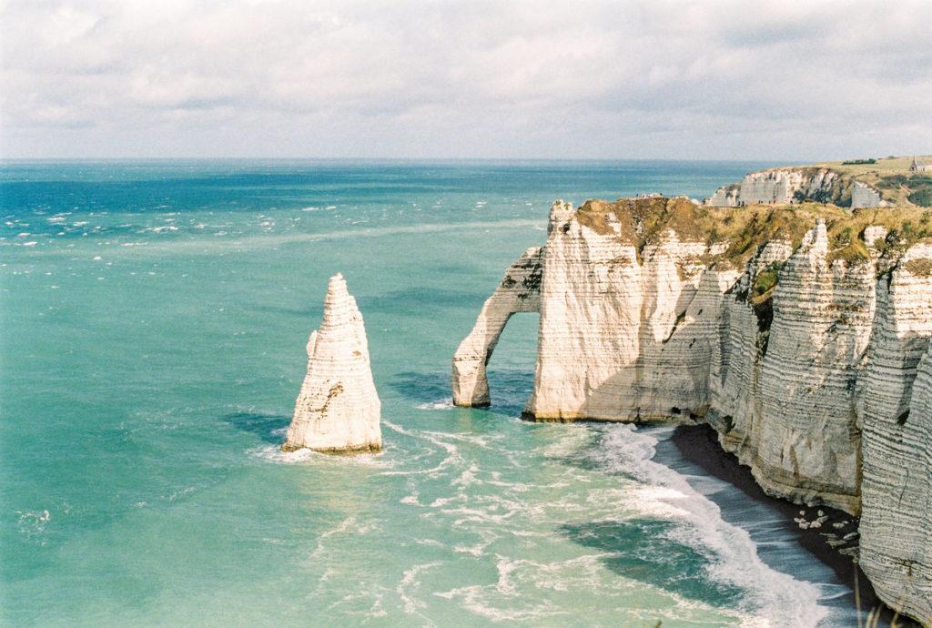 etretat-France-move-to-France