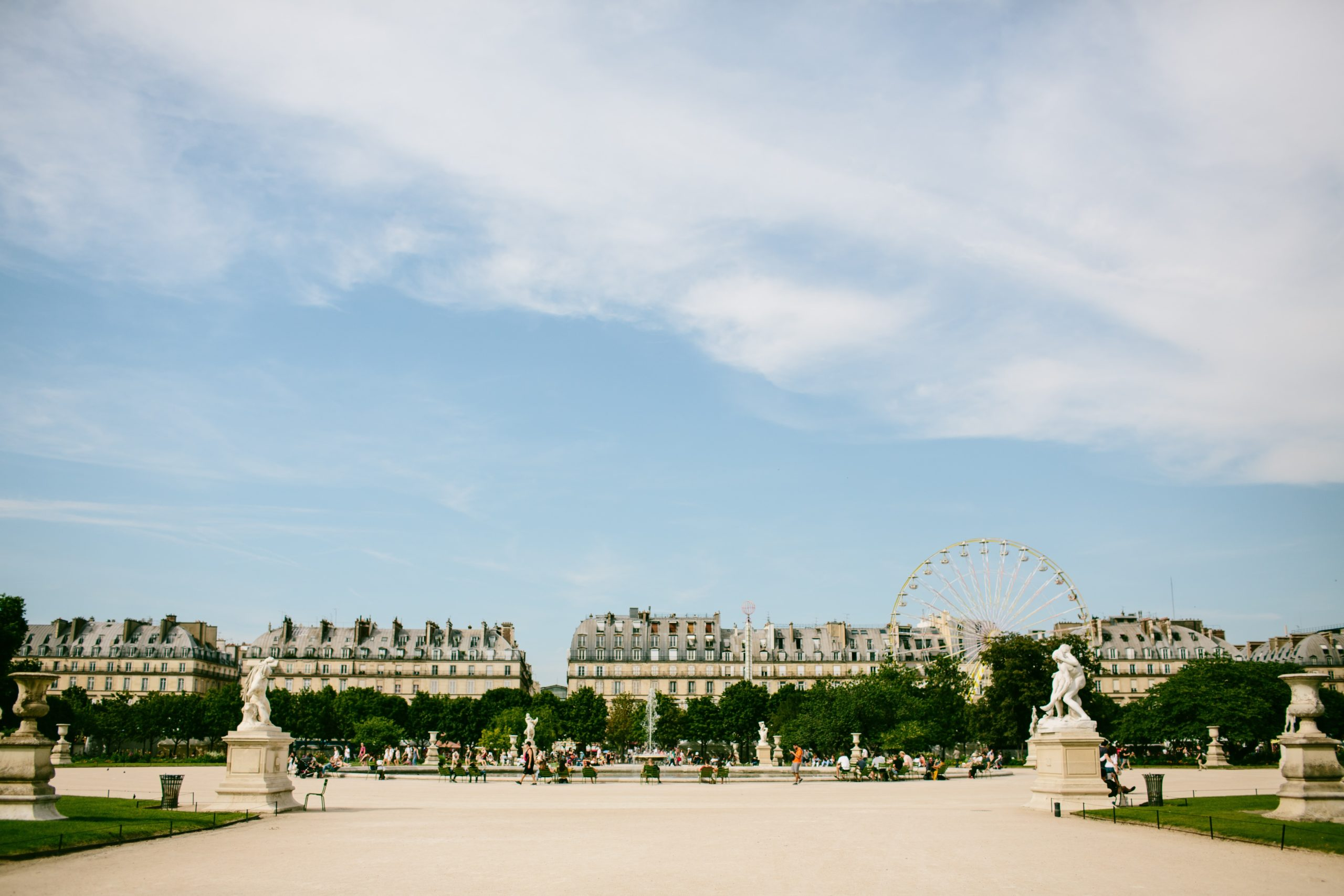 Paris-in-August-Jardin-des-Tuileries