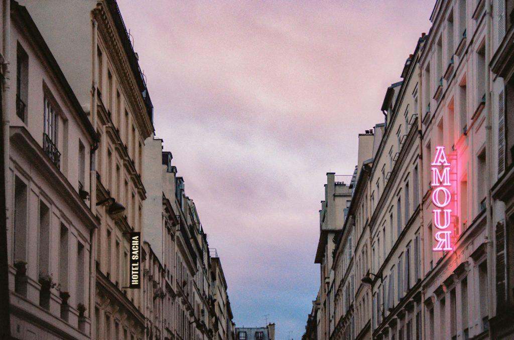 hotel-amour-Paris-Celine-Concierge
